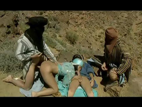 Oameni Din Zona Desertului Fac Un Sex Chiar In Desert Fara Apa