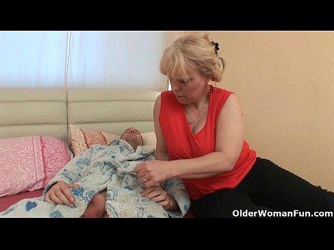 Sex Anal Cu Bunicuta Care E Curvita La Varsta Ei
