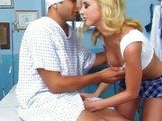 Pacientul Isi Fute Nevasta In Spital Pe Patul Lui De Paacient Xxx