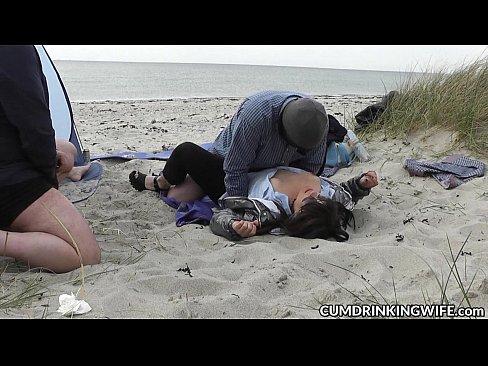 Colaje Cu Muie Si Finalizare Rapida In Gura Pe Plaja