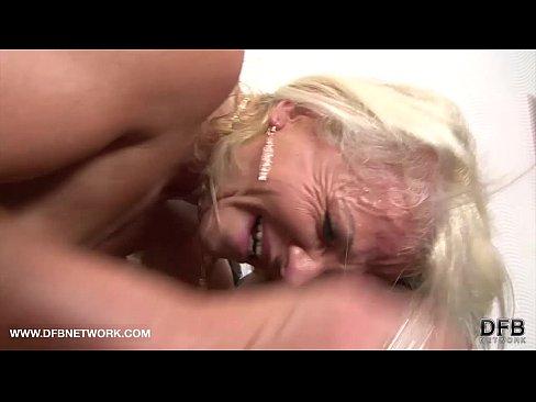 Filme Porno In Grup Cu Femei Batrane, Babe Sexy