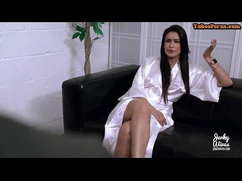 Tipa Bine Tare Vrea Sex Si Se Lasa Si Fututa Dupa Anal
