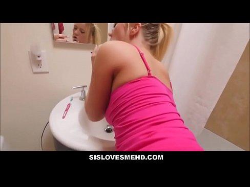 Blonda Bine Tare De Sex Face Un Sex Salbatic Si Anal