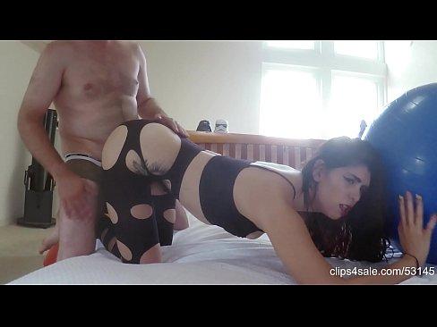 Se Fute Adanc In Fund Si Face Mare Sex Salbatic