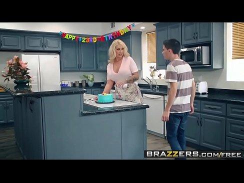 Brazzers Porno Cu O Femeie Aroganta Care Nu Vrea Pula