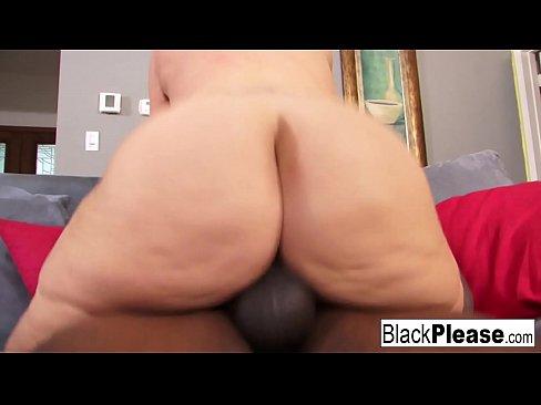 Porno Cu O Secretara Care Isi Face Calea In Firma