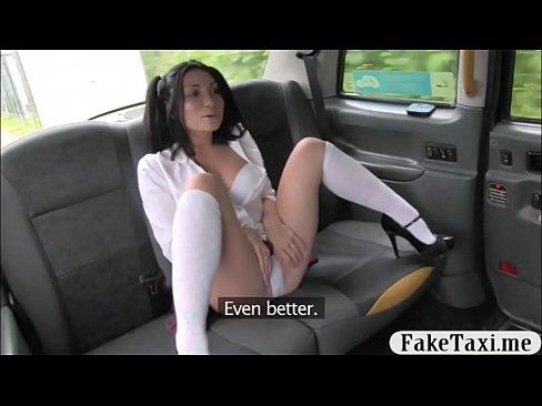 Gagica Cu Codite Sta Nefututa Pana Cand Ii Vine La Barbat Pofte De Sex